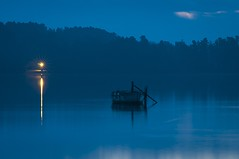Calma II (DavidZurita) Tags: swamp pantano light alone sunrise soledad sol amanecer ambient ambiente blue azul f22 f22fotografia zurita mist marinas misterio minimal minimalista minimalism