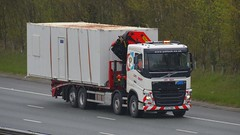 SF67 WBL (panmanstan) Tags: volvo fh wagon truck lorry commercial rigid hiab flatbed freight transport haulage vehicle a1m fairburn yorkshire