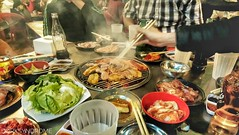 BBQ party, Vietnamese style.. (hoangbinhboong) Tags: bbq việtnam nuớng food cuisine grill meatsandveggies sauces sauce