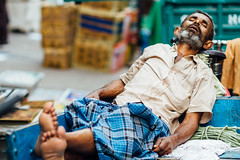 Man Sleeping, New Delhi India (AdamCohn) Tags: adamcohn delhi india newdelhi man sleeping streetphotographer streetphotography wwwadamcohncom