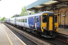 Northern 156420 (Mike McNiven) Tags: arriva railnorth northern sprinter class156 manchester oxfordroad warrington central liverpool limestreet