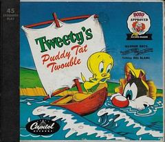 Tweety's Puddy Tat Twouble Book And Record ( Capitol 1951 ) (Donald Deveau) Tags: tweetypie tweety sylvester record lp capitol bookandrecord warnerbros bozo 45rpm capitolrecordreader
