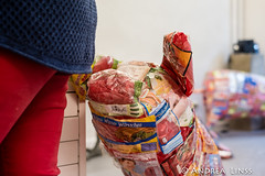 "Mari Terauchi...""Woher kommen sie?"" (andrealinss) Tags: berlin rixdorf opening vernissage installation installations mariterauchi galeriebauchhundsalonlabor gallery galerie andrealinss"