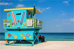 Baywatch (Sandra Lipproß) Tags: usa florida miami miamibeach beach strand ocean meer baywatch sandralippross travel reise bunt colourful colorful sky himmel blauerhimmel bluesky southbeach
