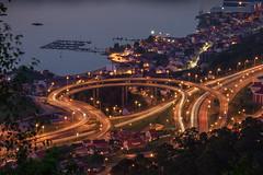 Vigo de noche (kiko_-46-) Tags: noche formatoytamaño paisajes tamaño20x30 formatooroginal10x15 efectos nocturnasurbanas largaexposicion vigo pontevedra españa