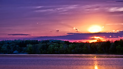 """Till tomorrow then"" ! (Bob's Digital Eye) Tags: bobsdigitaleye canon canonefs55250mmf456isstm clouds flicker flickr h2o laquintaessenza lake lakesunsets lakescape may2018 reflections sky sunset sunsetoverwater t3i water trees"