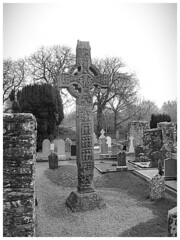 Muiredach's High Cross, Monasterboise - Co. Louth RoI (Ron's travel site) Tags: monasterboise roundtower highcross cross tower graveyartcountylouth ireland roi louth erie