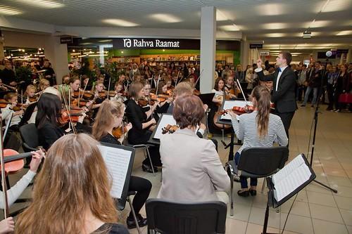 2015_Viljandi Noorte Sümfooniaorkester_Centrum Kaubanduskeskus