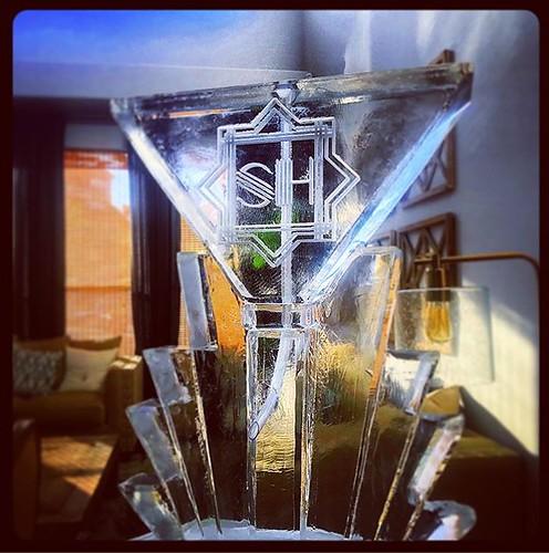 #artdeco #martini #iceluge for a #gatsbyparty tonight! #fullspectrumice #thinkoutsidetheblocks #brrriliant - Full Spectrum Ice Sculpture