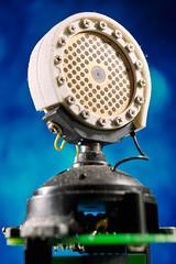 AKG Perception 220 (Rey.M) Tags: d3x nikon akgperception220 akg mic microphone capsule microphonecapsule condenser mechanical art mechanicalart round light flash blue bluebackground pcb gold goldsputtered su800 metz metz52af1 flashcommander