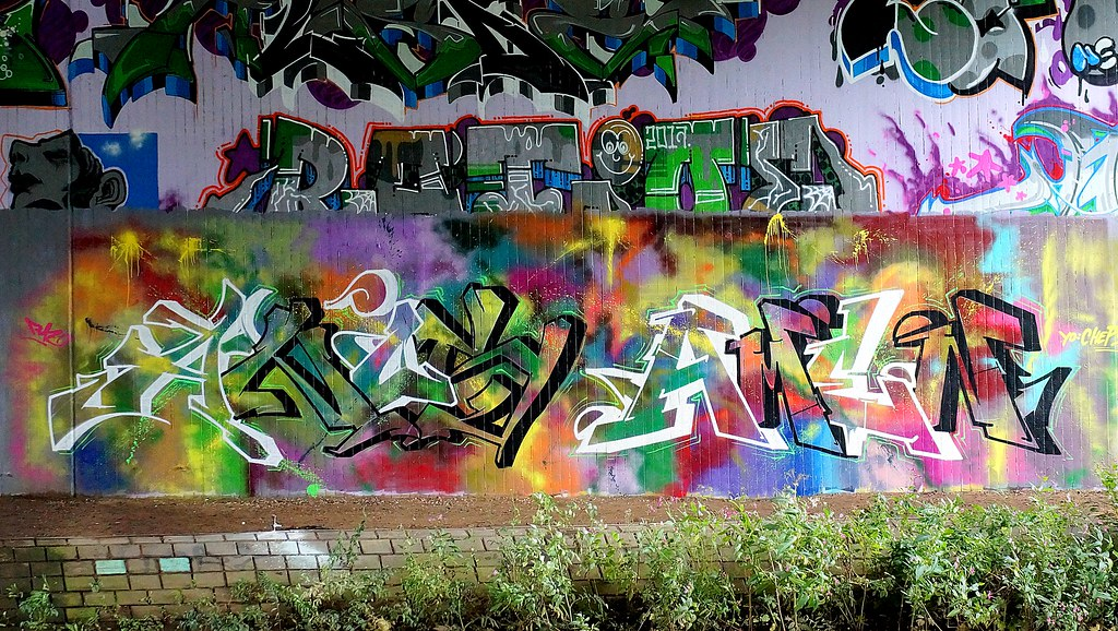 Graffiti Farben.The World S Best Photos Of Farben And Rot Flickr Hive Mind