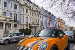 notting hill 诺丁山颜色 (nzfisher) Tags: nottinghill london uk mini buildings architecture colour color colourful colorful landscape cityscape 24mm canon blue orange purple red street apartments facade