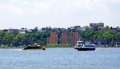 Boats on the Hudson, New York City. (Roly-sisaphus) Tags: nyc thebigapple unitedstatesofamerica hudsonriver