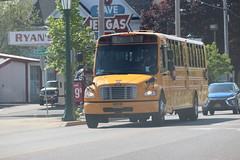 Freeman Bus Corp. #38 (ThoseGuys119) Tags: freemanbuscorp schoolbus watertownny thomasbuilt freightliner fs65 c2 saftliner yellowbumpers