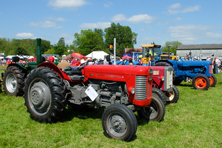 Vintage Tractors at the Hadleigh Show 2018