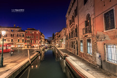 Venezia_0723 (ivan.sgualdini) Tags: italy night seaitaliano bridge canal canon city cityscape dusk evening exposure flag gran italia lights long river still venezia venice veneto it