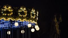 [ Ultimo trotto a Parigi - Last trot in Paris ] DSC_0222.R3.jinkoll (jinkoll) Tags: carousel paris night lights monument statua giostra details half