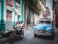 Havanna (gies777) Tags: kuba cuba havanna havana habana lahabana auto oldtimer uscar vintage plymouth mz motorrad beiwagen olympus omd em5 mft micro four thirds reise travel vacation barrio del arte