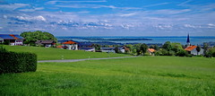 Bavaria, Lake Chiemsee Panorama (gerard eder) Tags: world travel reise viajes europa europe deutschland germany alemania bavaria baviera bayern chiemsee landscape landschaft lake lago natur nature naturaleza paisajes panorama green outdoor