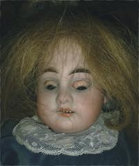 Bambola da paura (Aellevì) Tags: antico gioco rotta spettinata unavolta