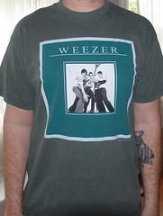 #2997A Weezer - Hyper-Extended Midget Tour 2002 (Minor Thread) Tags: minorthread tshirtwars tshirt shirt vintage rock concert tour merch green weezer hyperextendedmidget 2002 pop indie alternative greenalbum maladroit vanhalen womenandchildrenfirst marinachavez