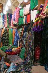 Bazaar/Bazar Shiraz (Roelie Wilms) Tags: bazaar bazar shiraz iran persia carpets tapijten