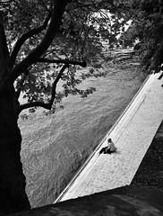 Flânerie sur les quais (Des Goûts et des Couleurs) Tags: eau fleuve quais paris france seine dgdc blog
