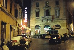 Roma (goodfella2459) Tags: nikon f4 af nikkor 50mm f14d lens cinestill 800t 35mm c41 film night colour roma city buildings sign alfredo hotel bikes italy rome light manilovefilm