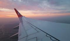 modern travels - Turkish Airlines (peter.velthoen) Tags: sky smartphone samsung airplane sunset water landscape landschap vleugel wing turkishairlines travel zonsondergang staralliance roads highway traffic