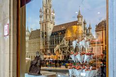 Belgium - Brussels - La Grand Place (KevinMulla) Tags: belgium brussels grotemarkt lagrandplace reflection shop unesco worldheritage bruxelles