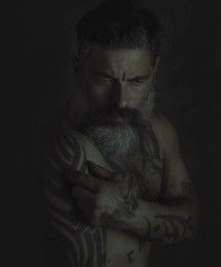 I just try to understand. (jcalveraphotography) Tags: selfportrait selfie serie studio selfiebeard portrait photo photographer projects people picture person 365 explore 365days eyes darkness dark d