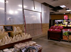 Where the bakery and deli once were (l_dawg2000) Tags: 2018remodel cordova delicatesen grocery grocerystore healthbeauty kroger labelscar marketplace meats memphis pharmacy produce remodel retail scriptdécor shelbycounty supermarket tennessee tn trinitycommons cordovamemphis unitedstates usa