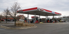 Pay Less gas station (Nicholas Eckhart) Tags: america us usa anderson indiana in 2018 retail stores grocerystore market supermarket payless kroger