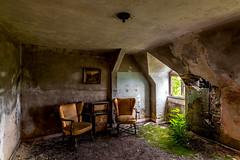 home sweet home II (st.weber71) Tags: nikon nrw deutschland d850 germany architektur art lostplaces urbex verlasseneorte verlassen verfall fenster licht möbel