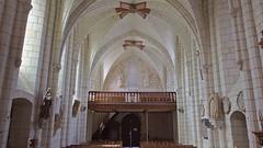 DSCF4586 Église St-Martin, Nouans-les-Fontaines  (Indre-et-Loire) (Thomas The Baguette) Tags: nouanslesfontaines indreetloire nouans jeanfouquet pieta painting eglise saintmartin