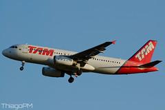 PT-MZT TAM (Thiago Pereira Machado) Tags: tam brasilia bsb airbus latam ptmzt