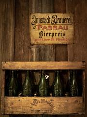 old vintage stuff (spline_splinson) Tags: 1900 cerveja vintage alt altes beer bier bottle coisasvelhas germany old oldstuff oldglasbottle passau stuff traktormuseum tratormuseum velho