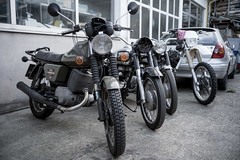 at the motorcycle mechanic (veit.schiffmann) Tags: a7m3 sony ilce7m3 a7iii ilce leicam summicron 35mm f2 motorcycle mechanic