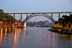 Pontes... (vmribeiro.net) Tags: geo:lat=4114182085 geo:lon=860278845 geotagged lapa porto portugal prt pontes bridges d maria dona sao joao sony a350 gustav eifel
