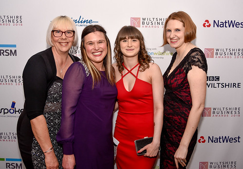 Wiltshire Business Awards 2018 ARRIVALS - GP1284-46