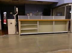 Trinity Commons Kroger: Little Clinic shelving reset (l_dawg2000) Tags: 2018remodel cordova delicatesen grocery grocerystore healthbeauty kroger labelscar marketplace meats memphis pharmacy produce remodel retail scriptdécor shelbycounty supermarket tennessee tn trinitycommons cordovamemphis unitedstates usa