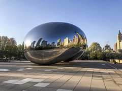 Tuesday Morning (Flipped Out) Tags: chicago milenniumpark cloudgate thebean illinois unitedstates us
