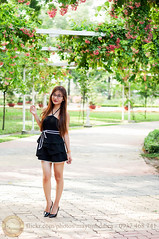 DSC_7330 (Hosting and Web Development) Tags: nikon body beautiful black bokeh face female femininity clothing casual column colonnade green garden woman waiting walking portrait person park pavement plant one outdoor young smile stand shoulder street arm asia afternoon hair happy hand vertical vietnam flower leaf leg eyes eye