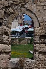 IMGP0361 Mercato dal Tempio di Apollo (Claudio e Lucia Images around the world) Tags: market mercato ortigia siracusa arco tempio apollo temple ruins stones pentax pentaxk3ii pentax18135