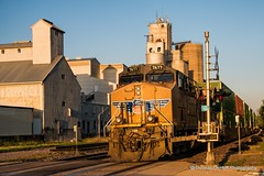UP passing through Morrison IL (Thomas DeHoff) Tags: train union pacific morrison il sony a77 a77ii