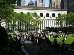 Bryant Park, New York City (iainh124a) Tags: iainh124a newyork ny nyc manhattan bigapple sony sonycybershot dschx90 dschs90v cybershot dx90 dx90v