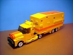 Truck TX-4 (Crimso Giger) Tags: lego moc truck camion yellow jaune legotruck camionlego camionjaune yellowtruck legotown legocity city town legoland leogcity