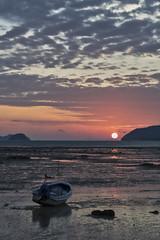 Sunrise (Thomas Mulchi) Tags: 2018 phuketisland thailand island phuket dawn sunrise daybreak sea sand sky clouds boat sun lowtide tambonrawai changwatphuket th