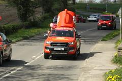 Mug Shot (Steve Dawson.) Tags: tourdeyorkshire mens cycle race bikes caravan stage3 richmondtoscarborough mugshot promotion randgrange yorkshire england uk canoneos50d canon eos 50d ef28135mmf3556isusm ef28135mm f3556 is usm 5th may 2018