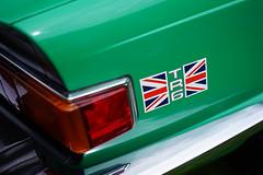 Union Jack on green (Eric Flexyourhead) Tags: vancouver canada britishcolumbia bc vandusenbotanicalgarden 2018 allbritishfieldmeet abfm car motor detail fragment british english triumph tr6 triumphtr6 green unionjack sonyalphaa7 zeisssonnartfe55mmf18za zeiss 55mmf18
